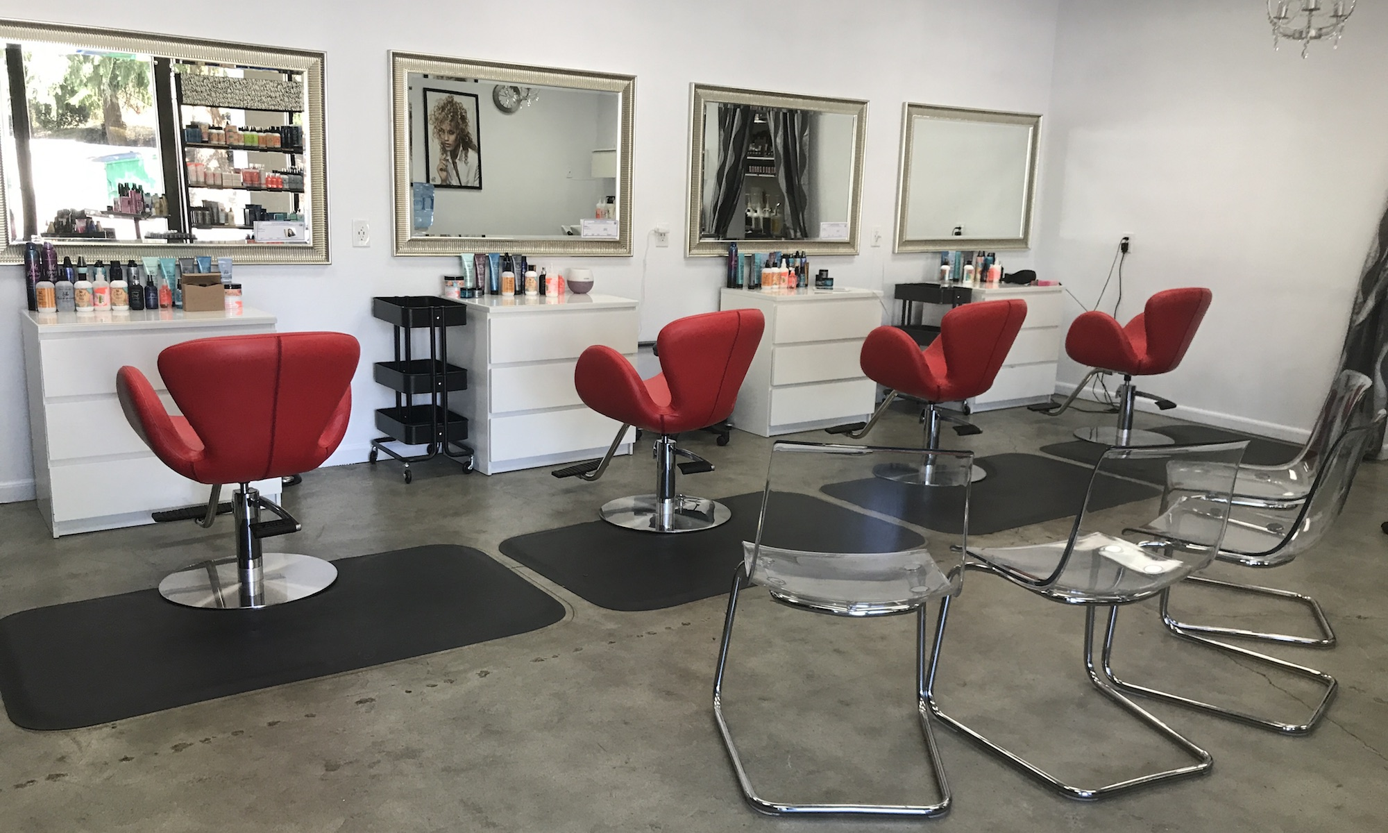 Bella Red Salon